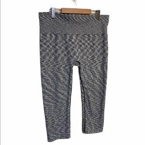 🌸 3/$20 Joe Fresh active pants